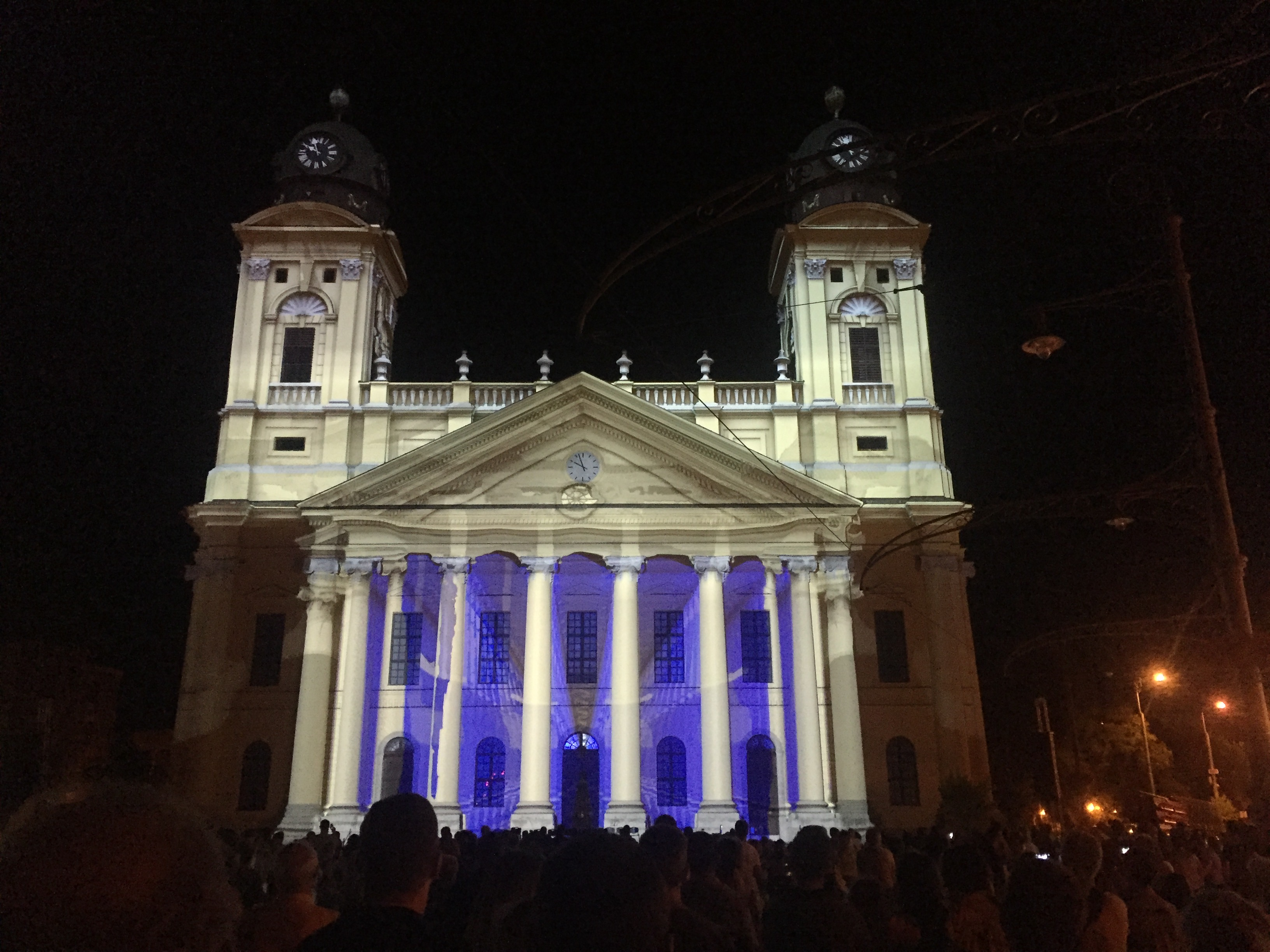 <h1>Videomapping on the Cathedral in Debrecen (Hungary)</h1>
